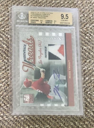 2009 Elite Extra Throwback Threads Autographs Prime Mike Trout /50