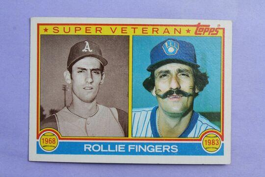 1983 Topps baseball card 36