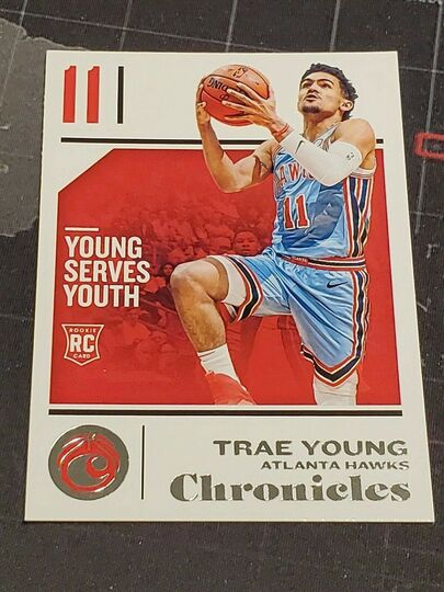 2018-19 Panini Chronicles Trae Young Rookie Card