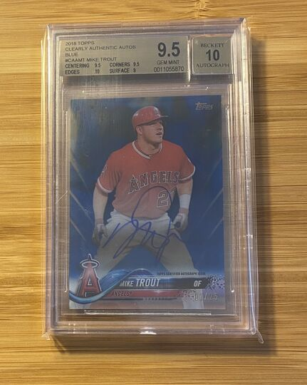 2018 Topps Clearly Authentic Mike Trout Auto