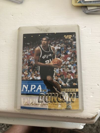 basketball cards Collection Image