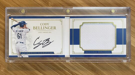 2017 National Treasures Cody Bellinger Auto Booklet