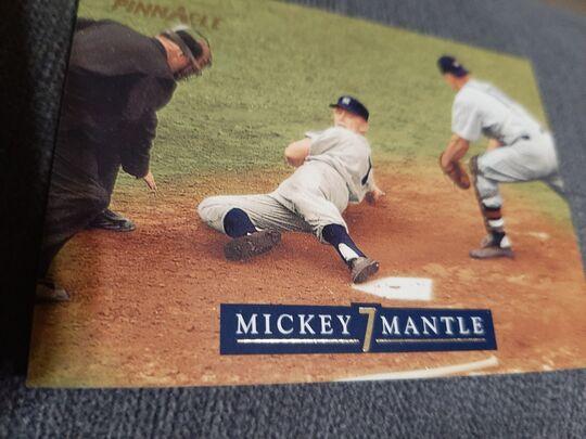 1992 Pinnacle Mickey Mantle #11 of 30