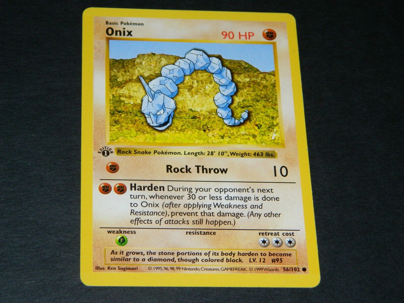 Near Mint Mint Onix 56//102 Base Set Pokemon Card