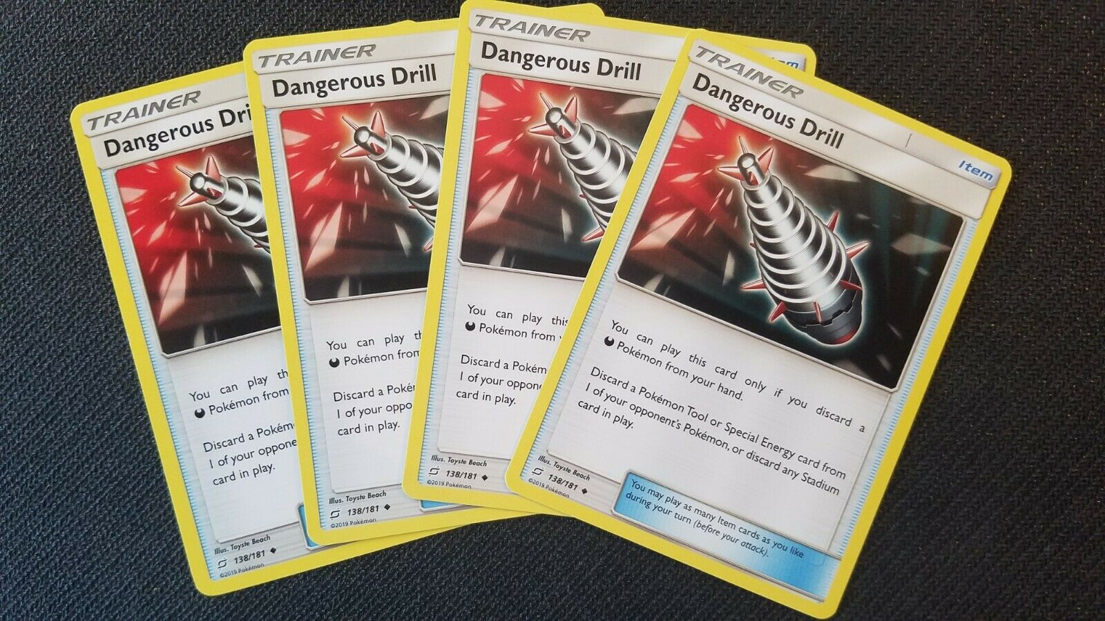 138//181 x4 4x cards Pokemon Sun /& Moon TEAM UP Dangerous Drill