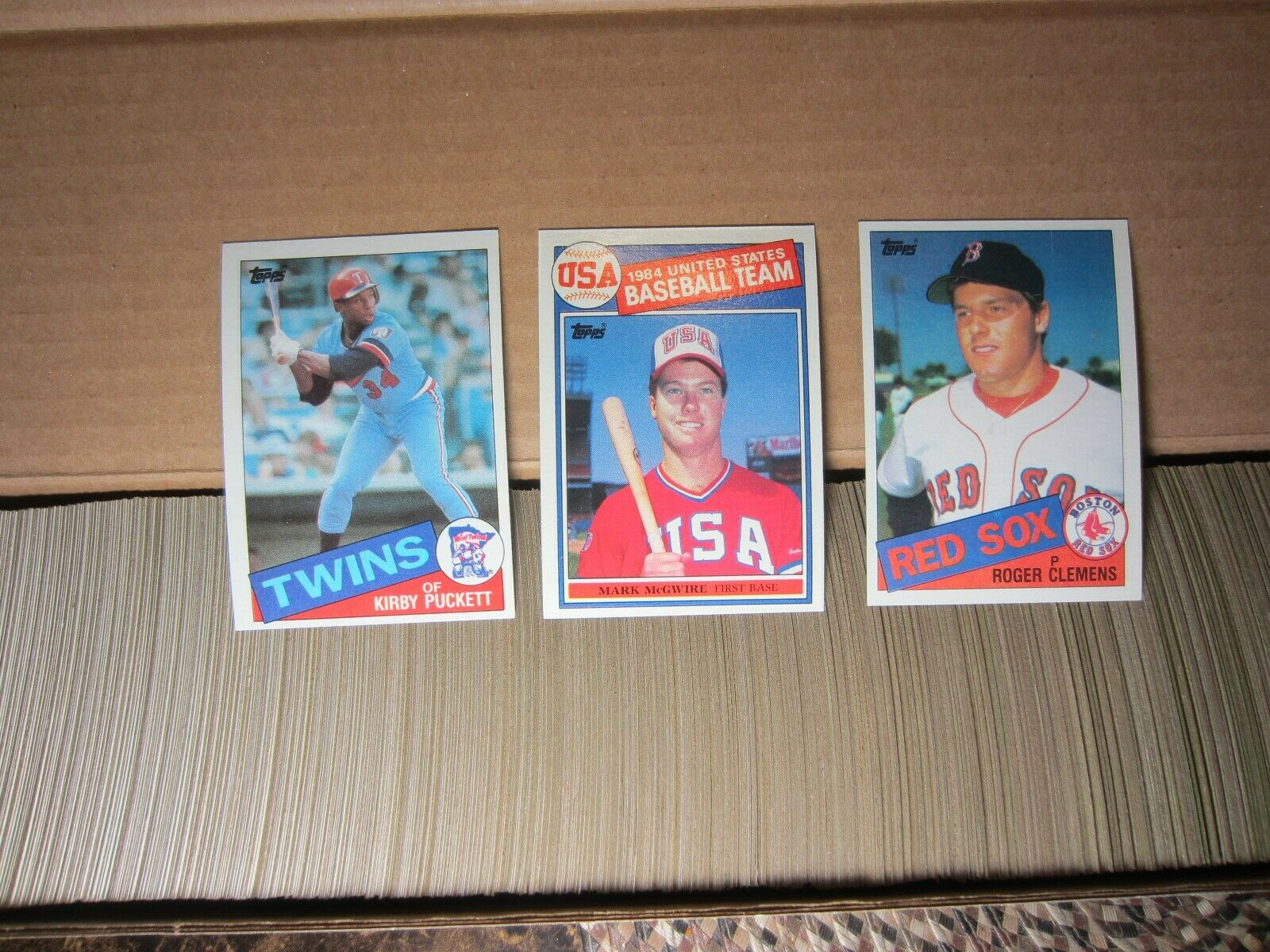 1985 Topps Baseball Complete Set Kirby Puckett rookies 1-792 with Mark McGwire Roger Clemens