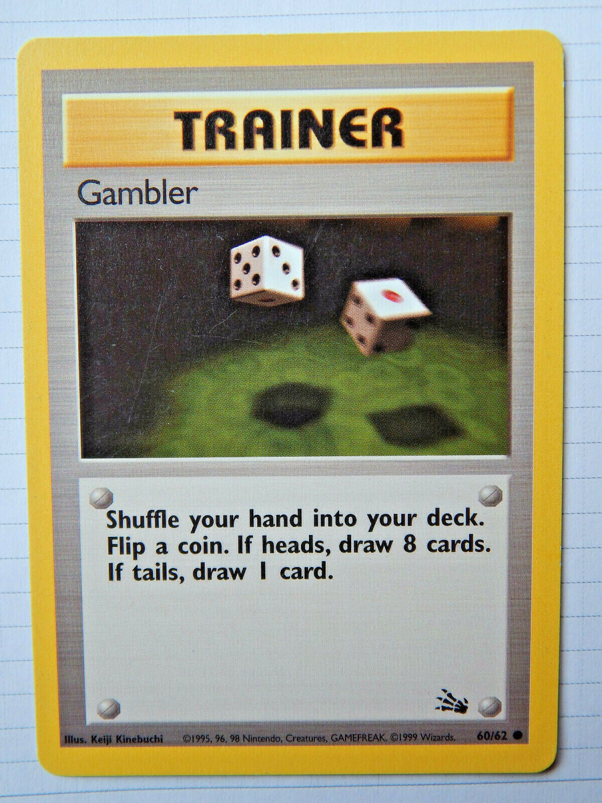 VINTAGE POKEMON CARD EXCELLENT w// TOPLOADER 60//62 GAMBLER TRAINER FOSSIL SET