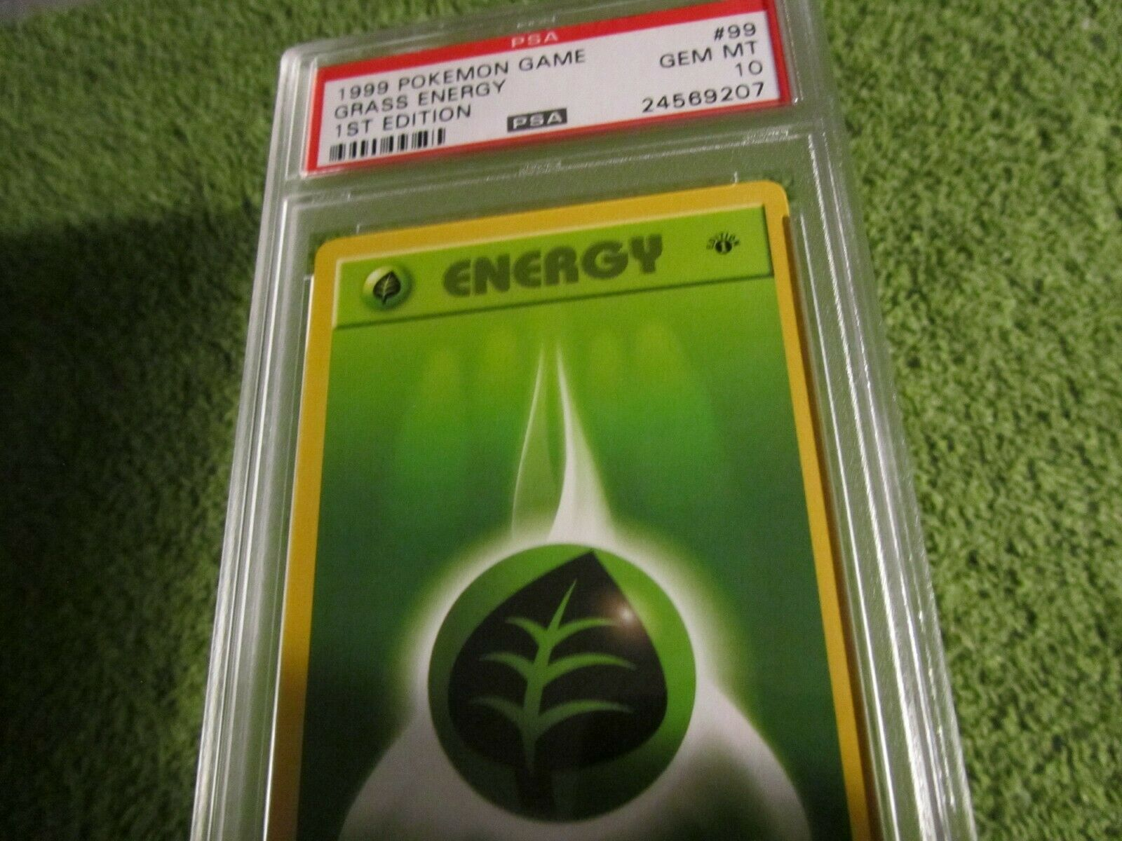 GRASS ENERGY 1st Edition 99//102 Vintage ©1999 SPANISH Base Set NEAR MINT Card